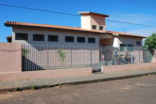 Creche Roupeiro Santa Rita de Cassia